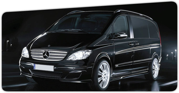 louer le mercedes viano v6 location mercedes peter moss petermoss. Black Bedroom Furniture Sets. Home Design Ideas